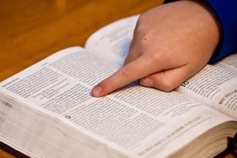 bible-study-1634647__4801