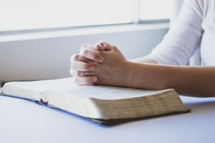 prayer-1308663__4801